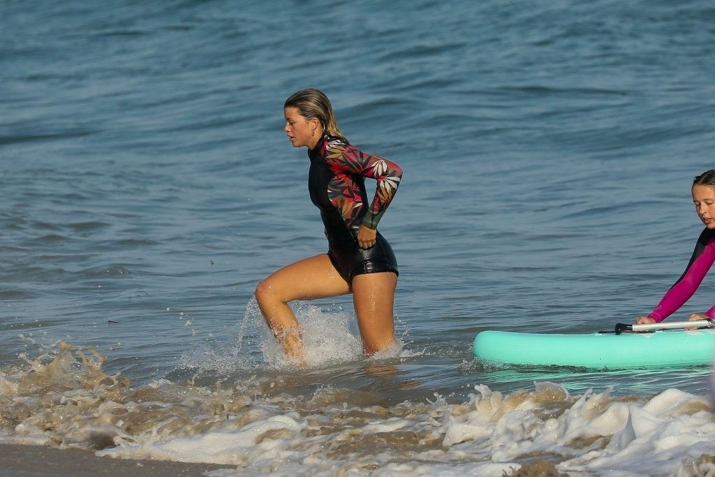 Sofia Richie Has Fun in the Sun Paddle-boarding with Friends (189 Photos)