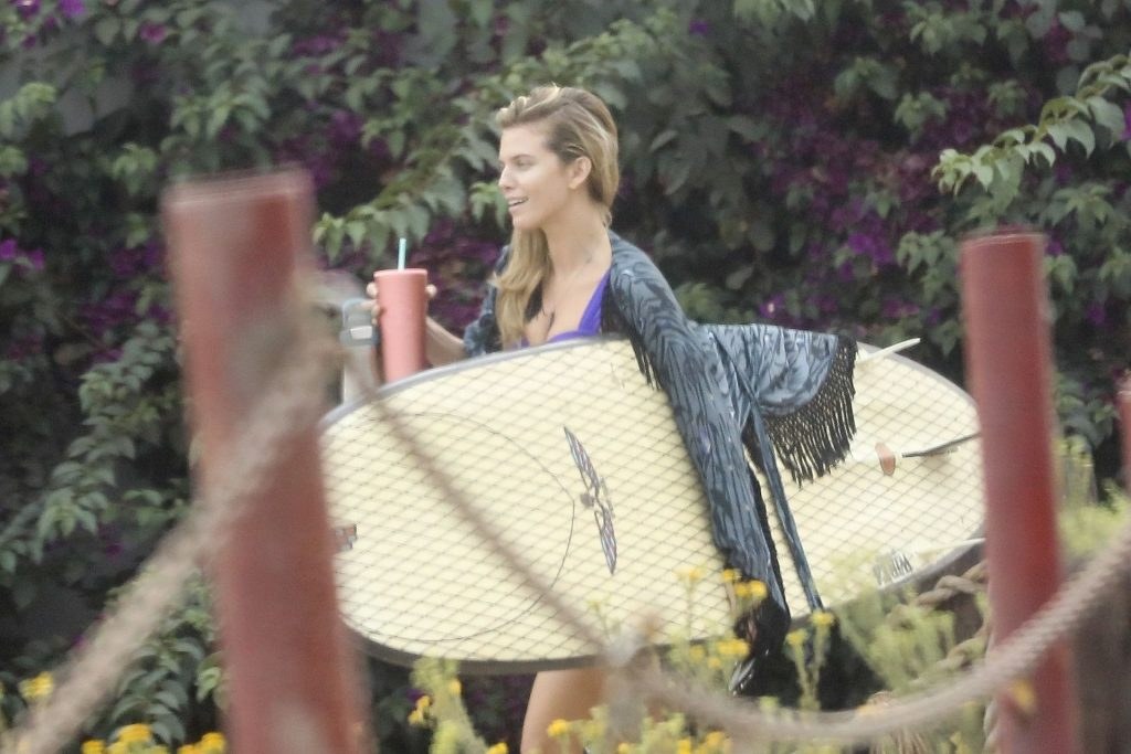 AnnaLynne McCord & Dominic Purcell Pack on the PDA After a Surf Session (24 Photos)
