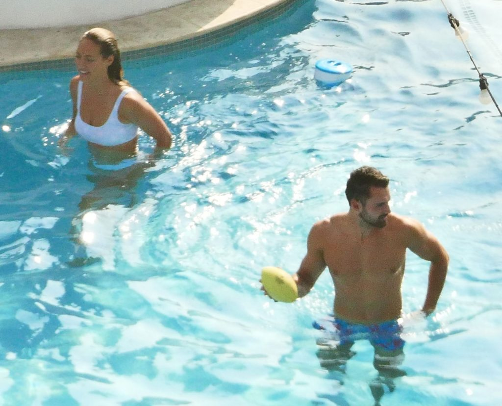 Cast of Love Island Recouples and Show PDA with Each Other in Pool During Filming in Las Vegas (55 Photos)
