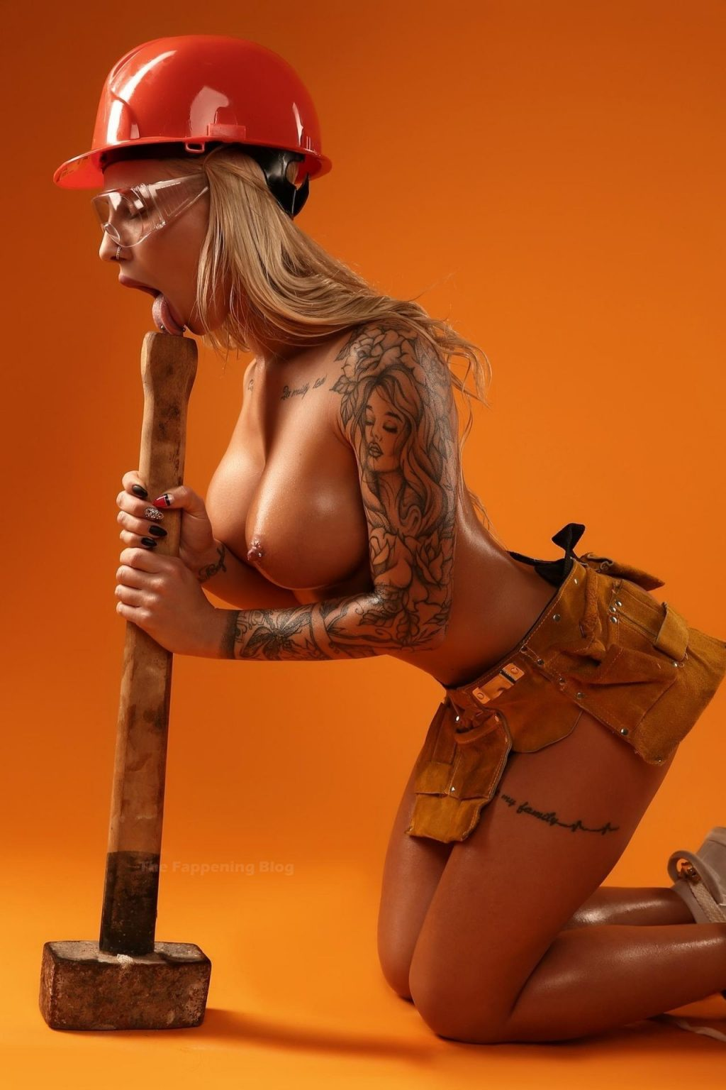 Julia Abramova Nude (11 Photos)