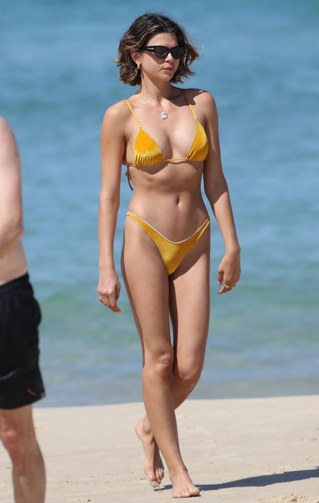 Georgia Fowler Shows Off Her Sexy Body on the Beach in Sydney (65 Photos)