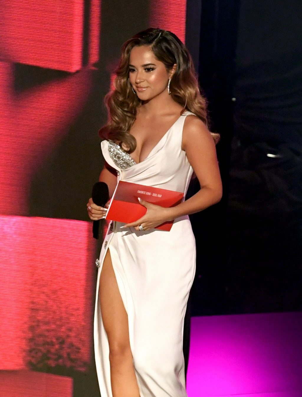 Becky G Shows Off Her Cleavage at the 2020 American Music Awards (16 Photos)