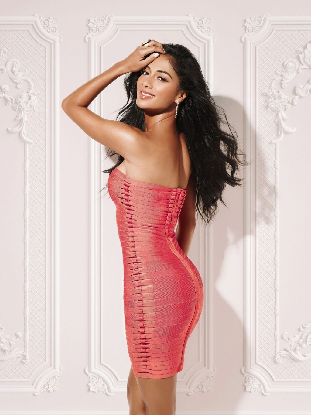 Nicole Scherzinger is Pictured During a Sexy Studio Shoot Out in Los Angeles (4 Photos)
