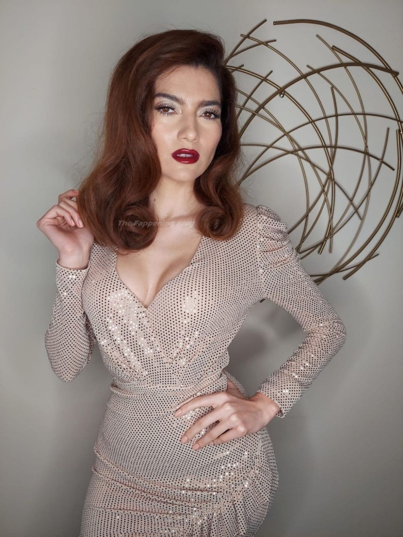 Blanca Blanco Poses in a Sexy Sparkly Dress (7 Photos)