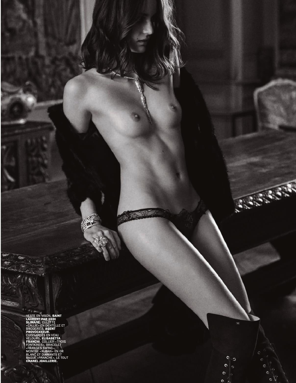 Zuzanna Bijoch Topless