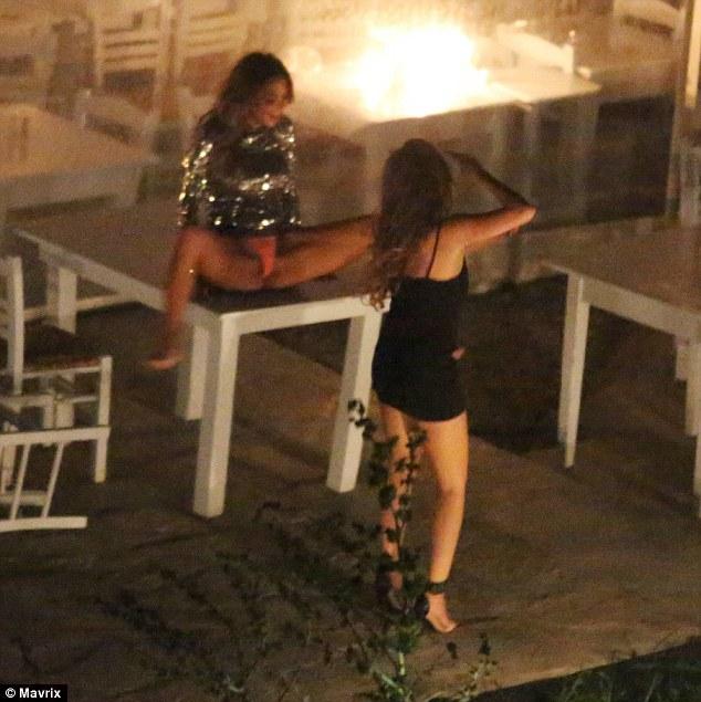 Nicole Scherzinger drunk pics