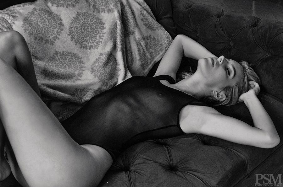 Chloë Holmes See Through Photos