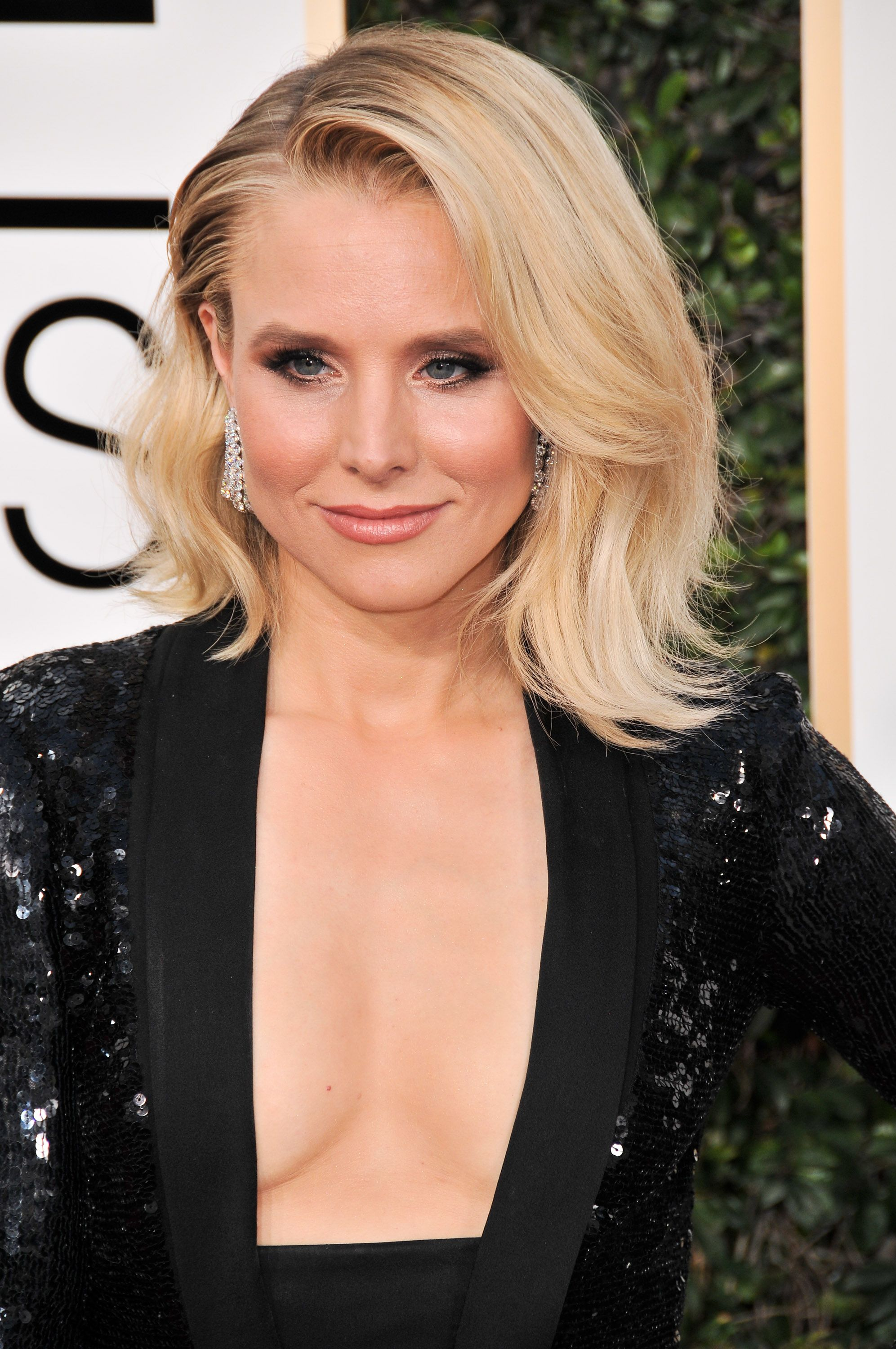 Hot Photos of Kristen Bell