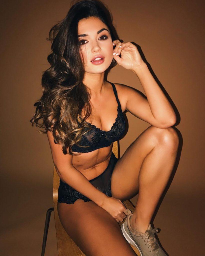 India Reynolds Nude