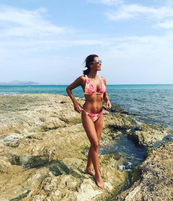 Melanie Sykes Bikini