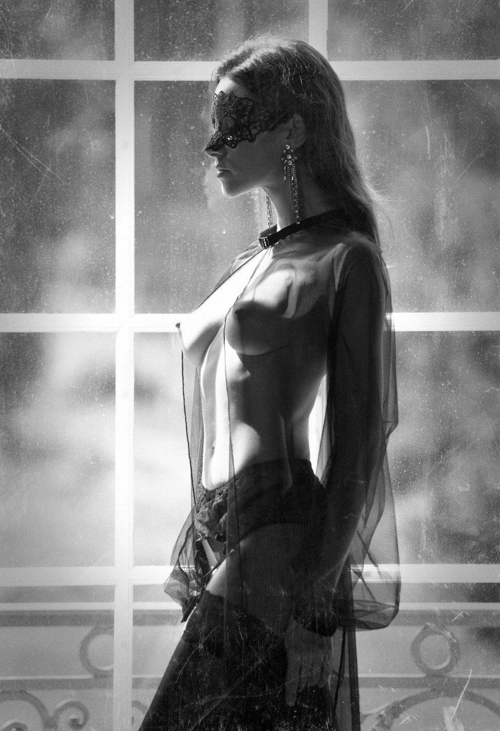 Olga Alberti Topless