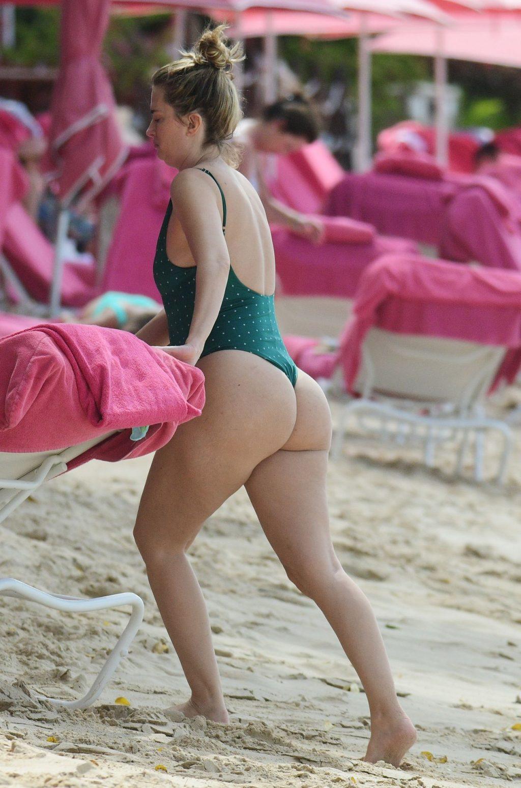 Rhea Durham Hot