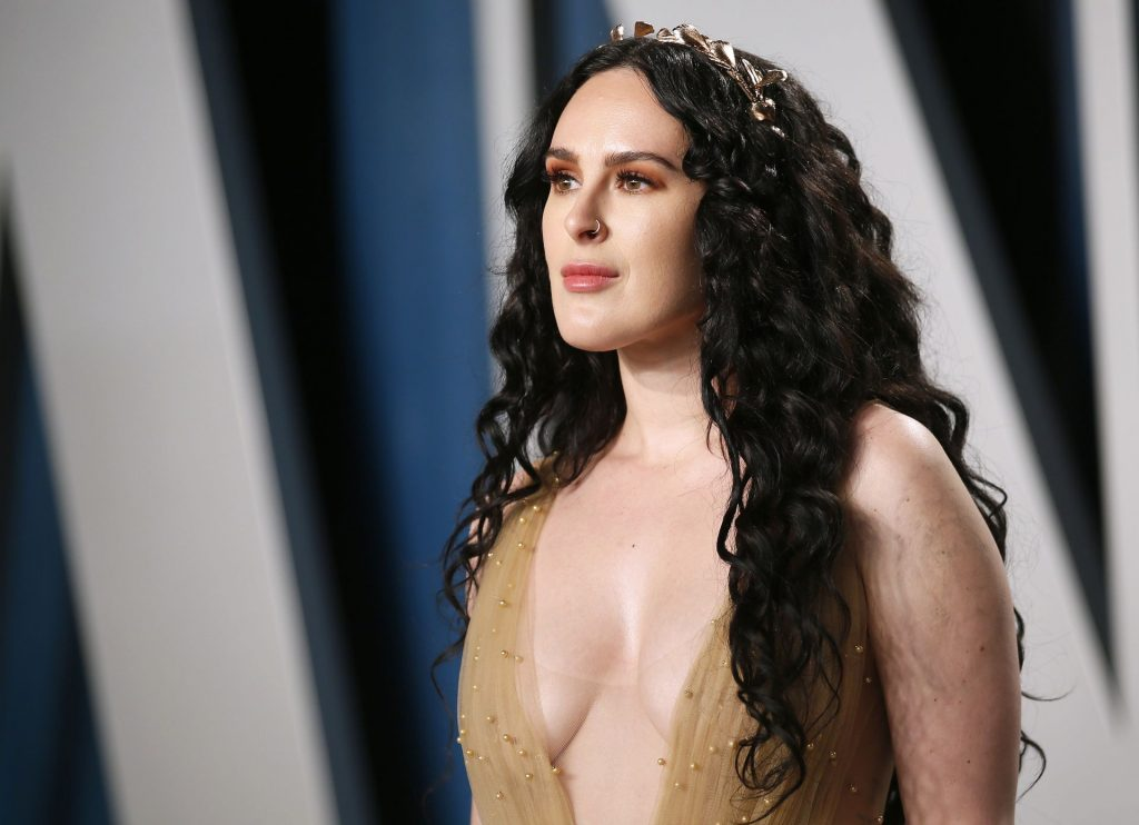 Rumer Willis Cleavage