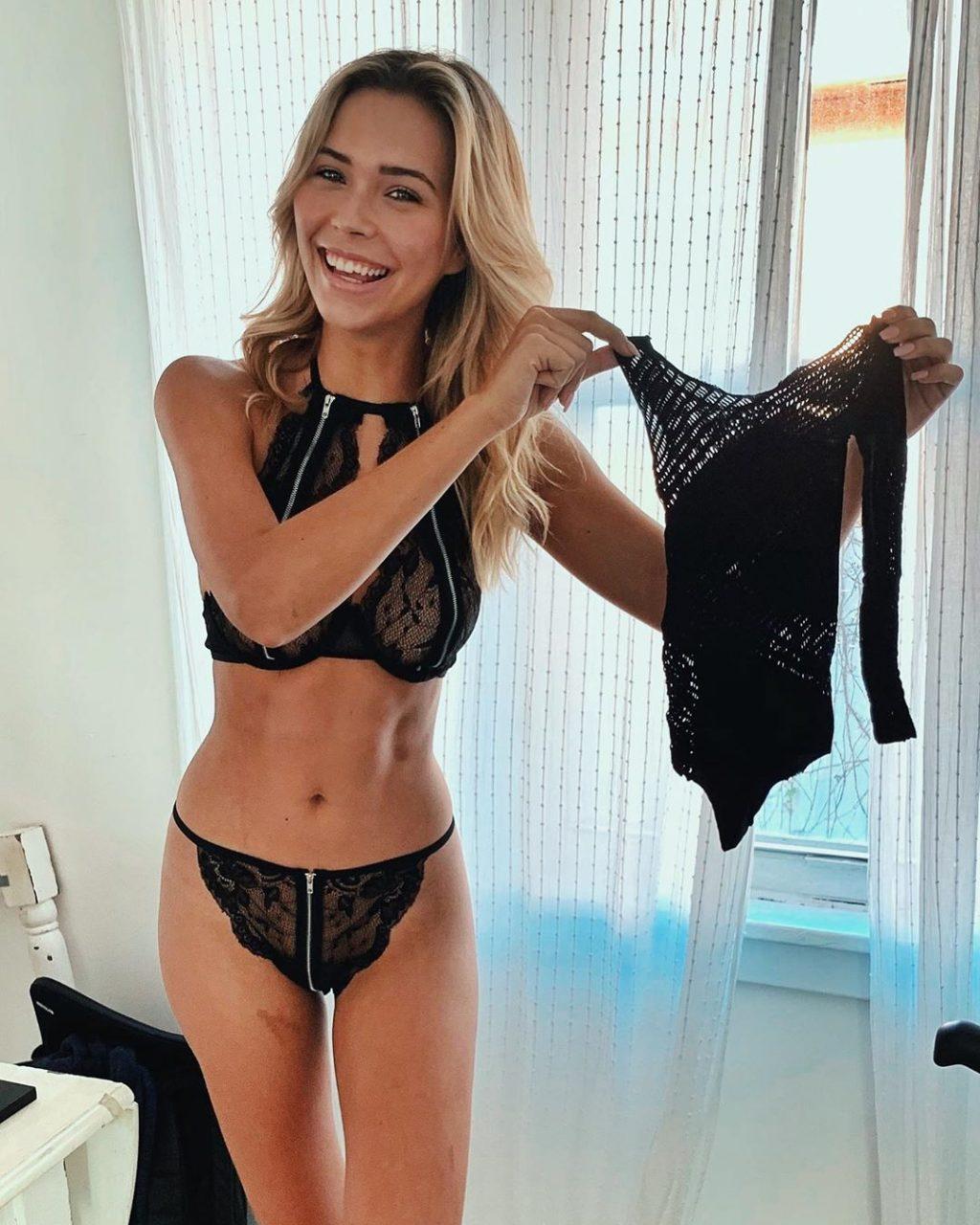 Sandra Kubicka Erotic