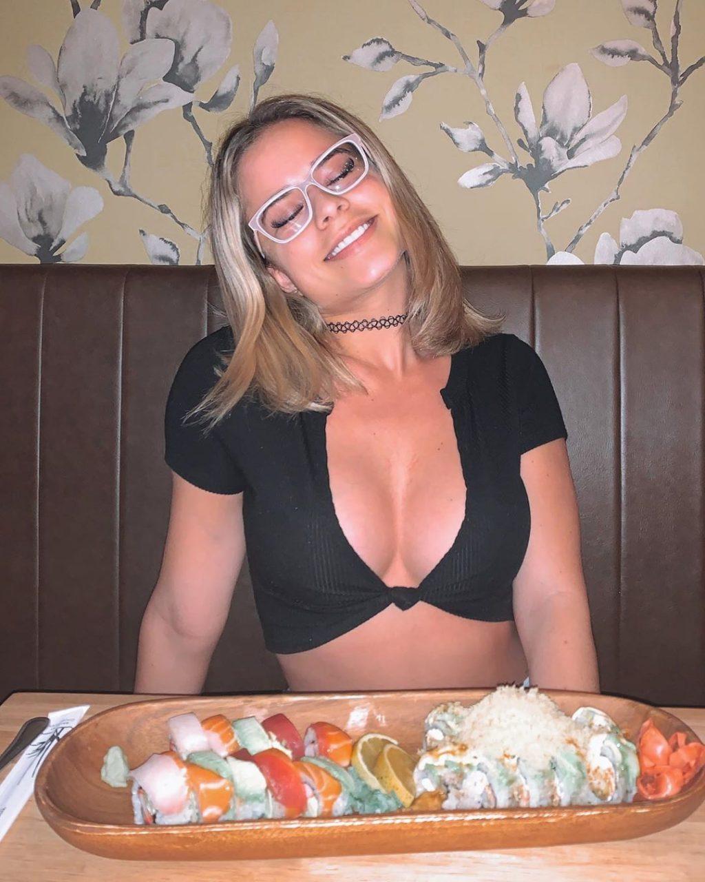 Yaslen Clemente Hot