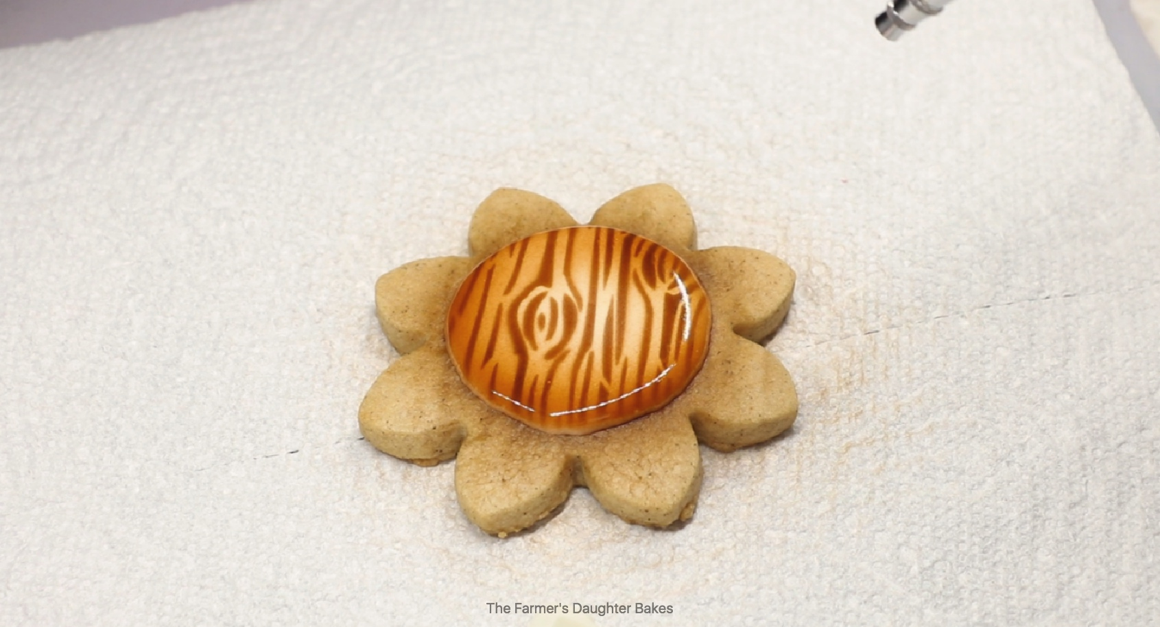 sunflower, cookies, cookie tutorial, cookie art, fall cookies, thanksgiving cookies