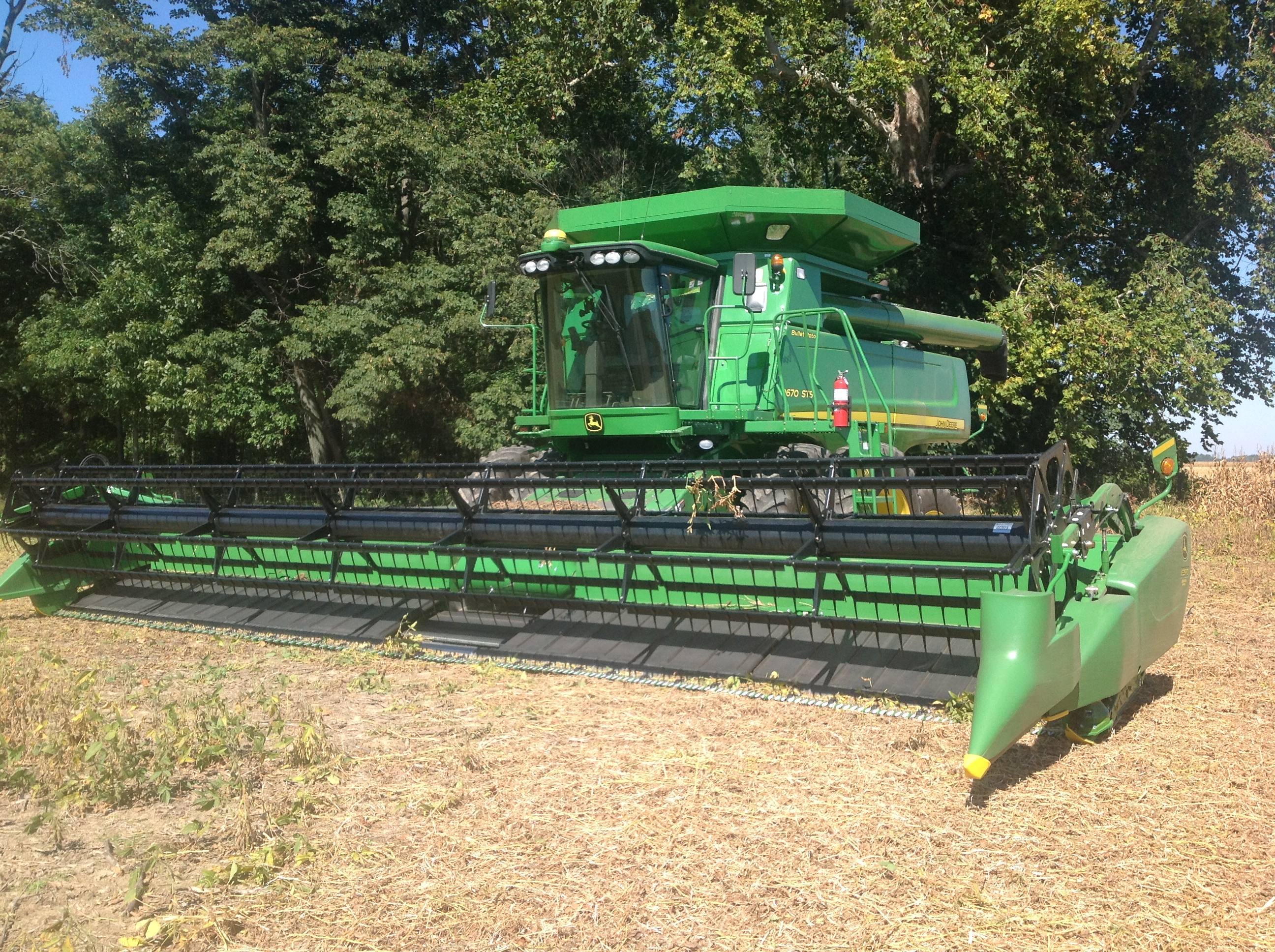 What is a Flex Draper? - The Farmer's Life