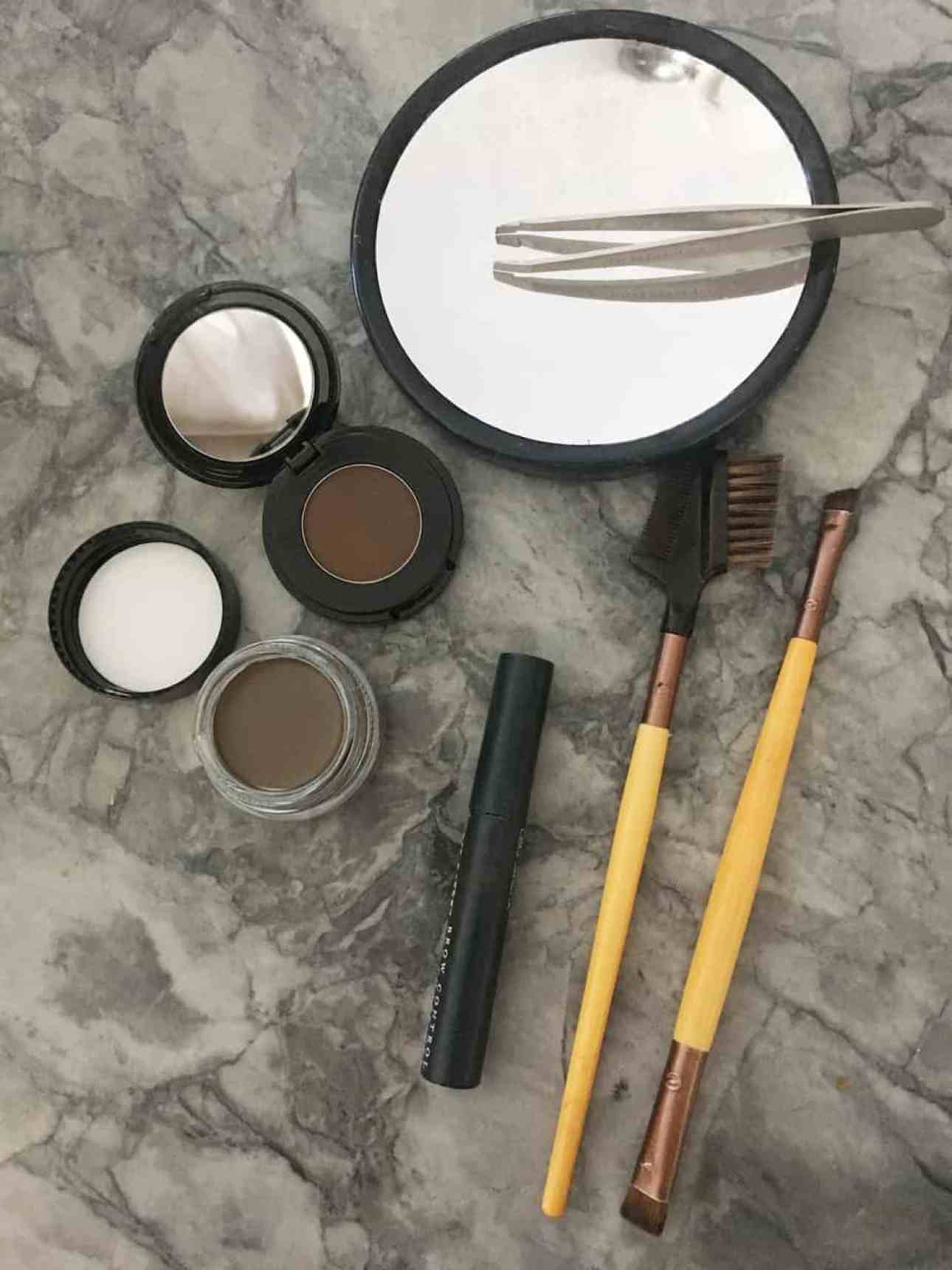 The supplies needed to shape and fill your eyebrows.