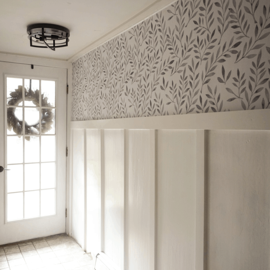 Entryway reno series: DIY Board and batten and hanging a Vinyl mural