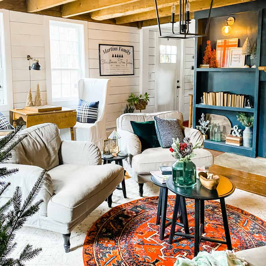Holiday home tour in our 1700s farmhouse!