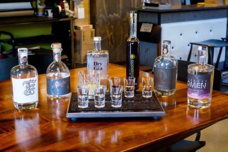 The Farm Shed offers guided tastings of whisky and gin from local distilleries.