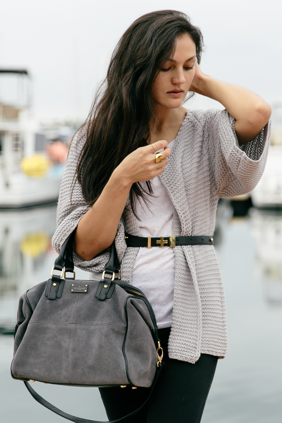 Belted cardigan. Grey outfit. Grey knit cardigan.