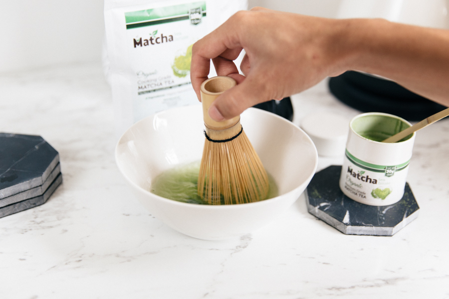 How to whisk matcha with a bamboo whisk.