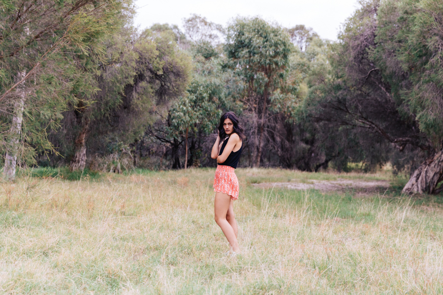 Casual summer outfit. Summer street style. Australian fashion blogger.