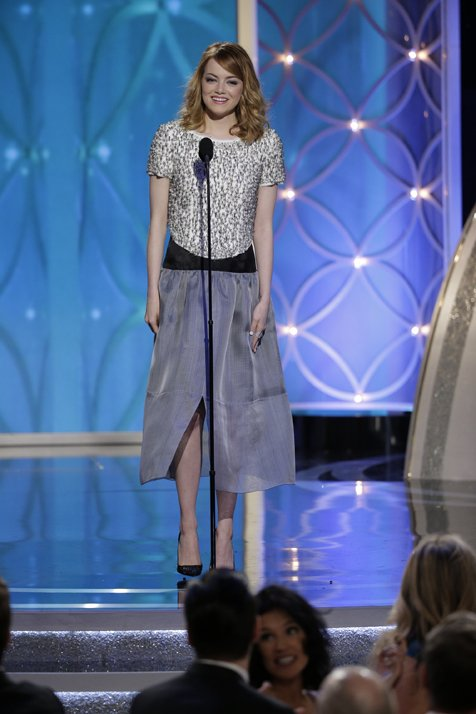 Emma Stone Shines At The 2014 Golden Globe Awards In CHANEL