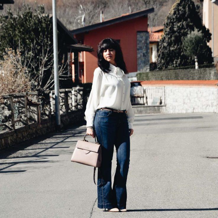 Come indossare i jeans a 40 anni in modo chic - The Fashion Cherry Diary