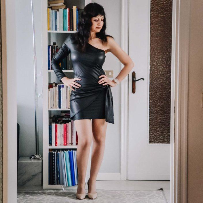 Come indossare un abito in pelle - The Fashion Cherry Diary