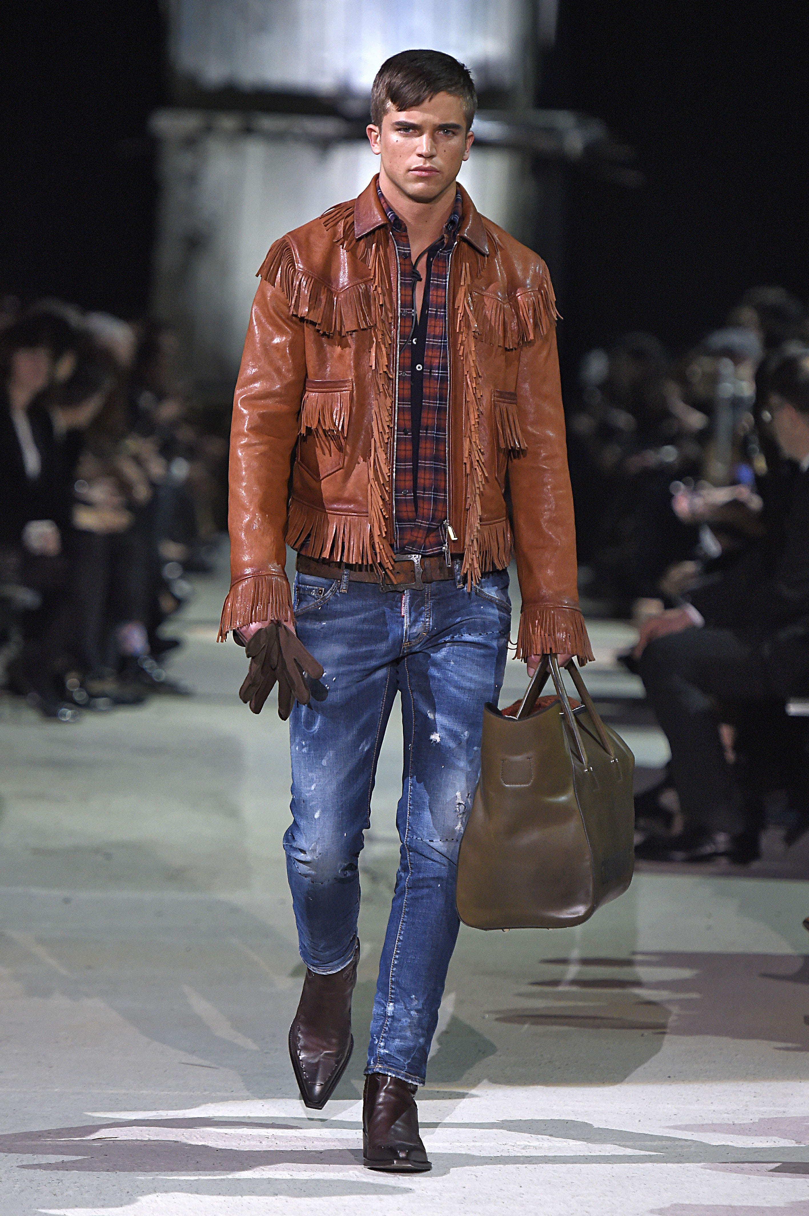 2015 Fall Winter 2016 Fashion Trends For Teens: DSQUARED2 FALL/WINTER 2015-2016