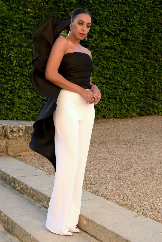 SOLANGE KNOWLES ATTENDS AN EVENT AT THE CHATEAU DE VERSAILLES DRESSED IN STEPHANE ROLLAND HAUTE COUTURE