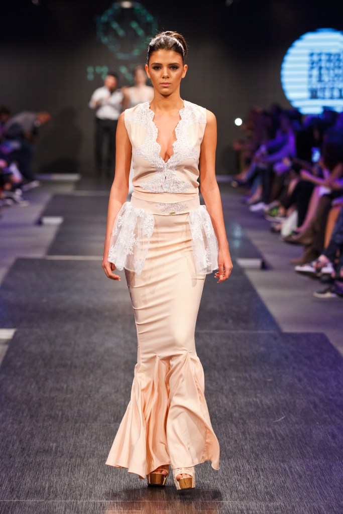 PENA COUTURE - Fall Winter 2016/17