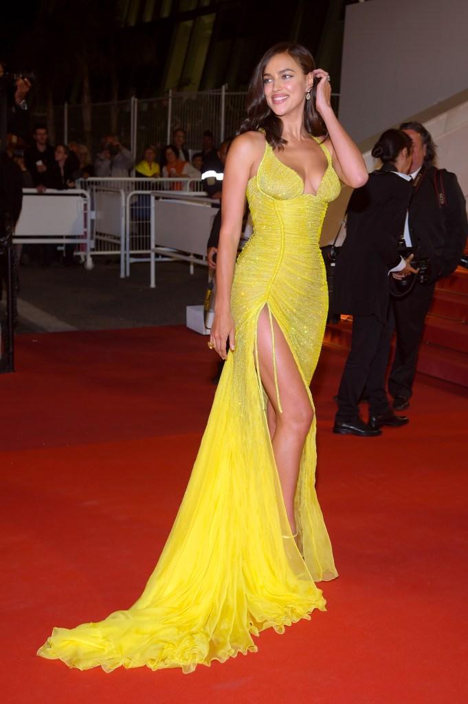 Irina Shayk wearing Atelier Versace in CannesIrina Shayk wearing Atelier Versace in Cannes