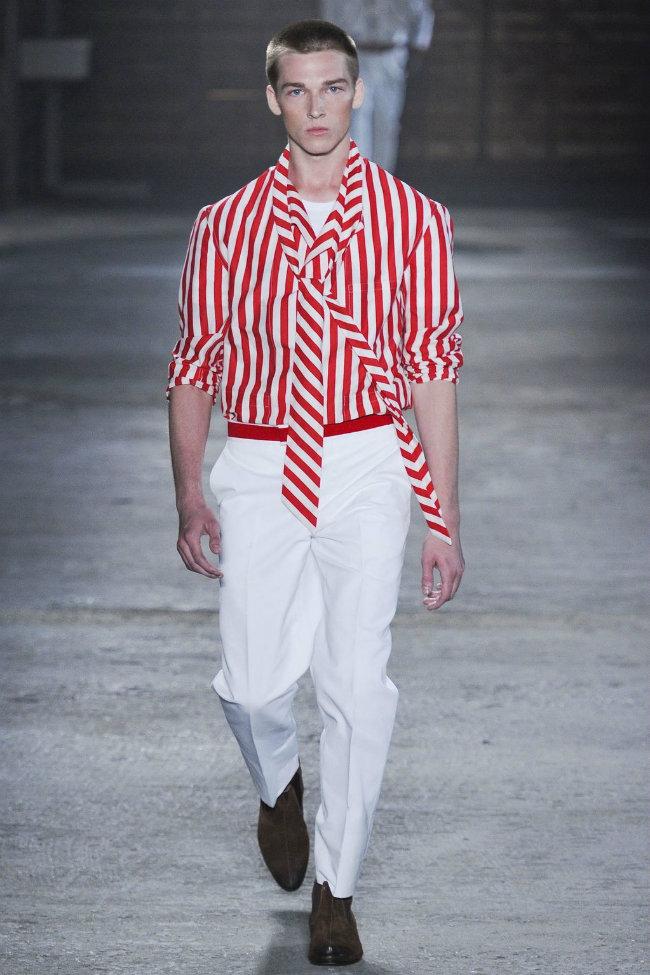 alexandermcqueen25 Alexander McQueen Spring 2012 | Milan Fashion Week