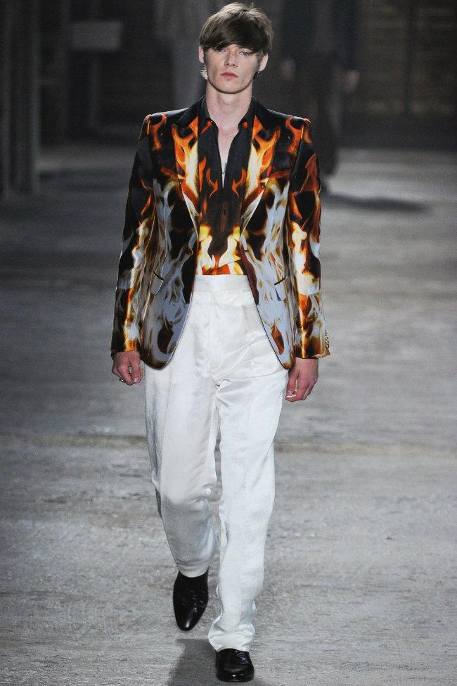 alexandermcqueen8 Alexander McQueen Spring 2012 | Milan Fashion Week