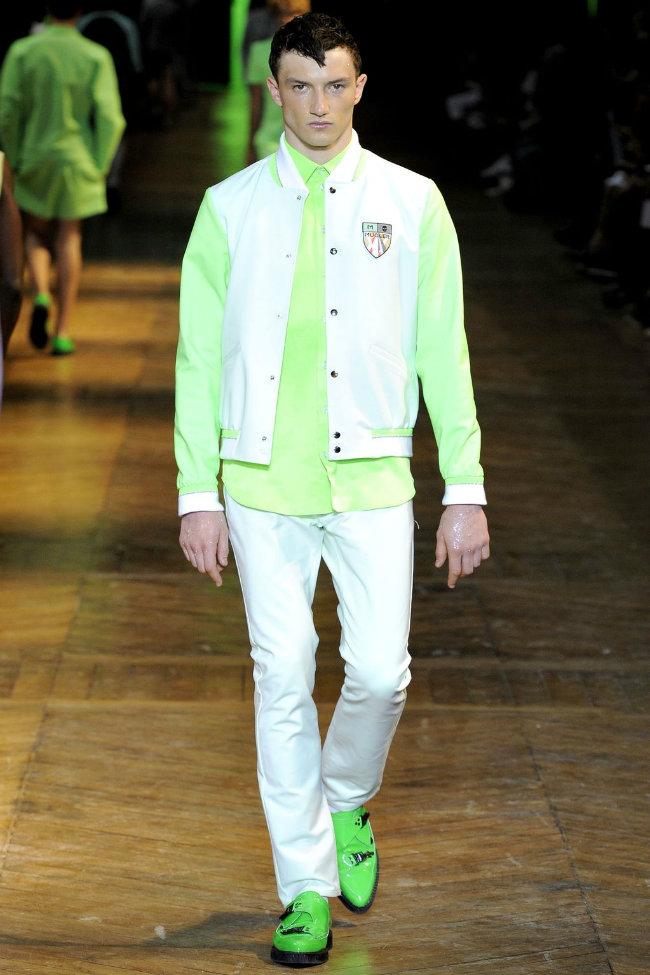 muglerrunway10 Mugler Spring 2012 | Paris Fashion Week