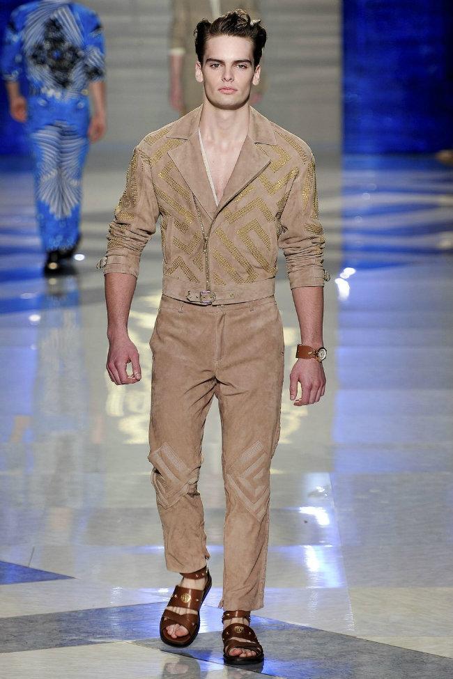 versace1 Versace Spring 2012   Milan Fashion Week