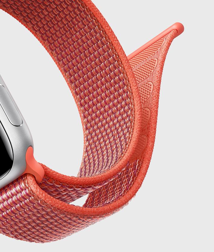 Sport Loop Apple (PRODUCT)RED