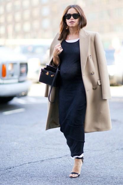 miroslava Pregnancy style