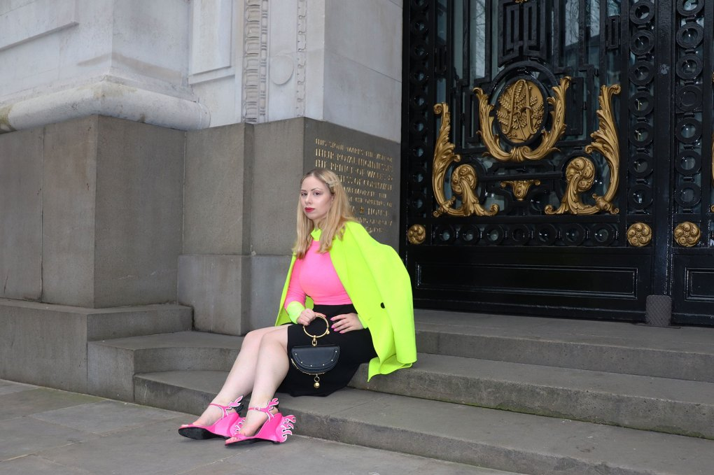 Neon outfit woman london fashion week zara coat jumper Chloe nile Minaudière bag prada flame sandals