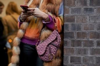 dior-saddle-bag-cult-fashion-items-2018