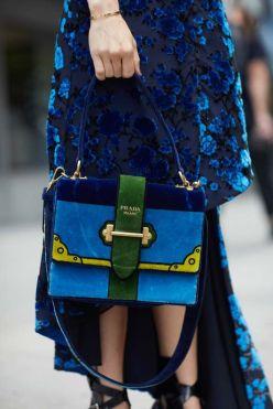 new-york-fashion-week-street-style-spring-2018-235025-1505053502994-image.700x0c