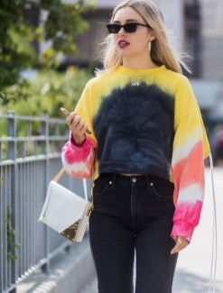 street-style-trends-2019-273134-1542731238442-image.640x0c