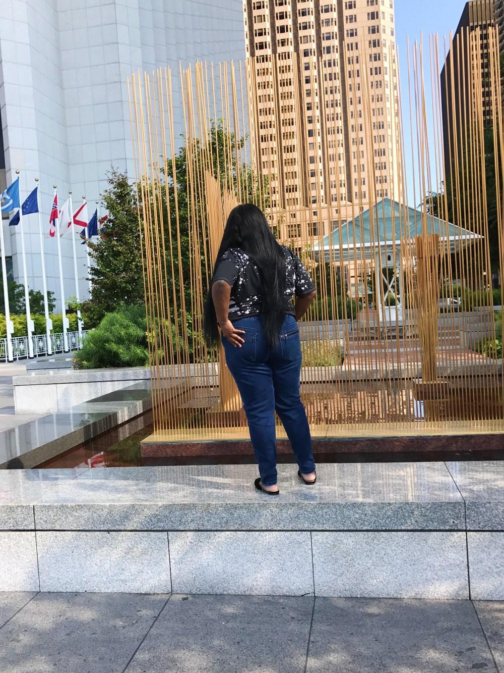 Gwynnie Bee Melissa McCarthy Seven7 Jeans .........