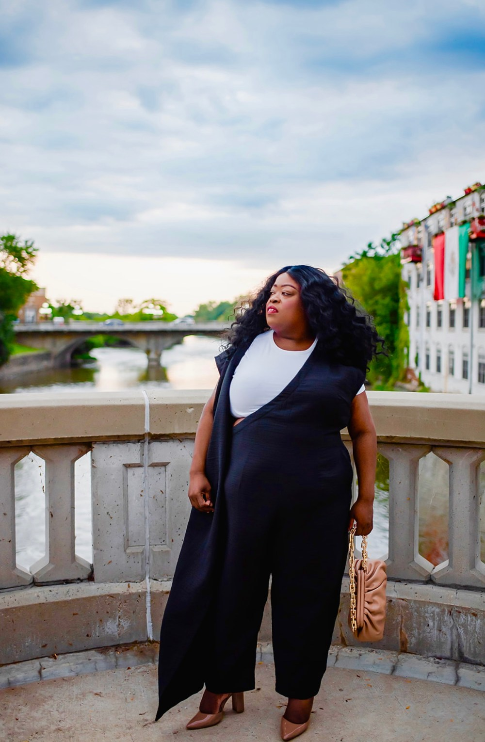 11 Honoré | Normalizing Plus- Size Luxury