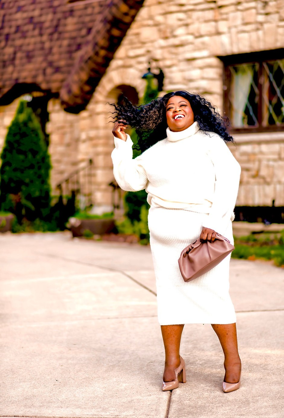 Sweater Set, nude clutch, nude heel, plus-size fall style