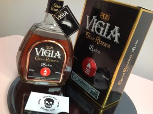 Ron Vigia Gran Reserva 18 Anos Rum Review by the fat rum pirate
