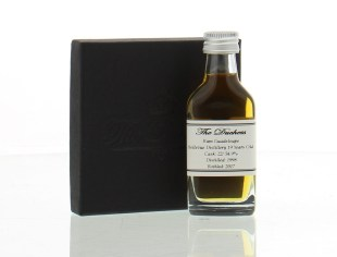 The Duchess Rum Guadeloupe Aged 19 Years Rum review by the fat rum pirate